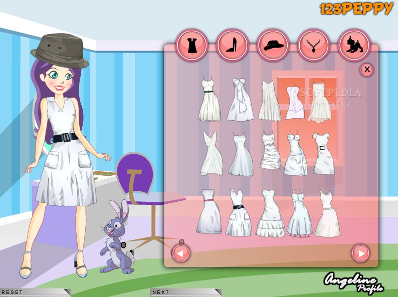 Girl in white dress up game 1 0